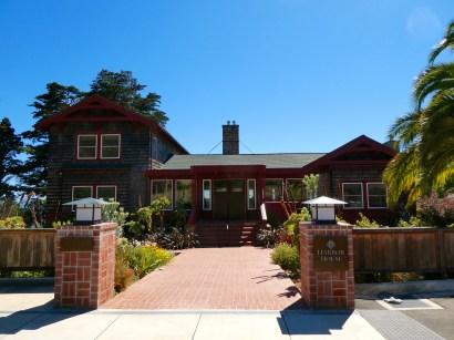 Harbor House Inn.