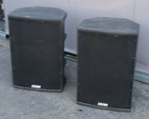Pair EAW Eastern Acoustic Works UB2199 T64 WDI Weather Resistant Speakers 400W