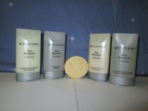BVLGARI Toiletry Travel Gift Set Shower Gel Lotion Shampoo Conditioner Soap 5-pc