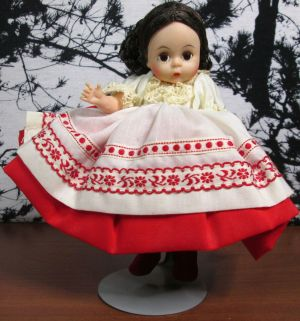 "Madame Alexander 8"" Polish 0780 Doll w/ Stand Original Box"