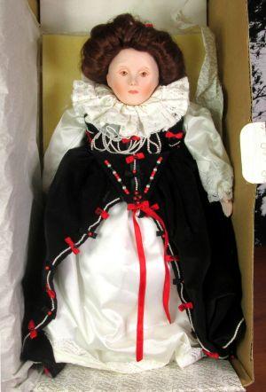 Franklin Mint Heirloom Doll Queen Elizabeth Royalty Collection Porcelain Doll