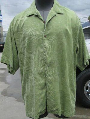 Tommy Bahama Casual Button Up Shirt Short Sleeve  Green #35 100% Silk