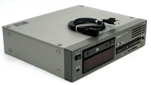 SONY CDP-2700 Professional Compact Disc Player Analog Digital Output CDP2700