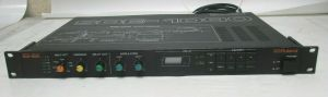 ROLAND SDE-1000 DIGITAL DELAY SIGNAL PROCESSOR