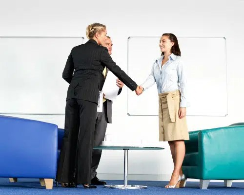 how-office-colors-interview-room-affect-sales-interview-1