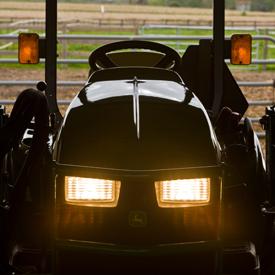 Tracteurs Utilitaires Sous Compacts 1025E John Deere CA