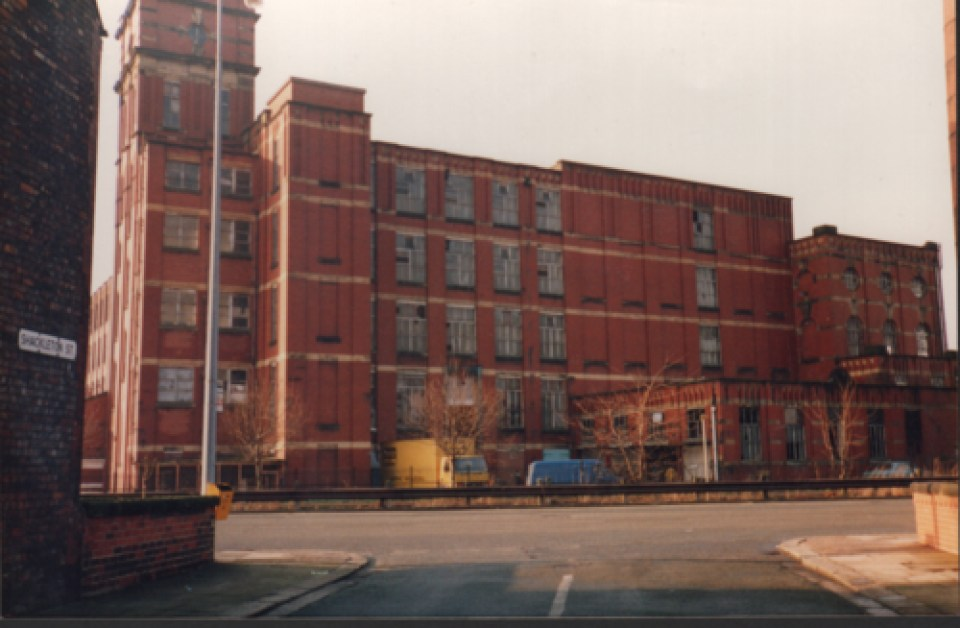 Shackleton Street with a view of the now demolished Monton Mill