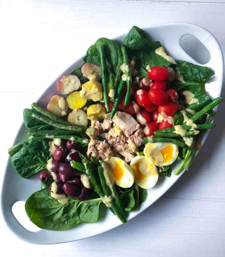 Niçoise Salad with Lemon Garlic Dressing