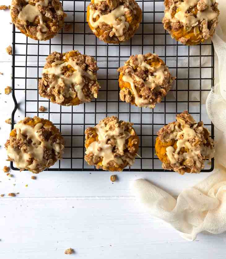 Pumpkin Oat Muffins with Crumb Topping and Maple Brown Butter Glaze
