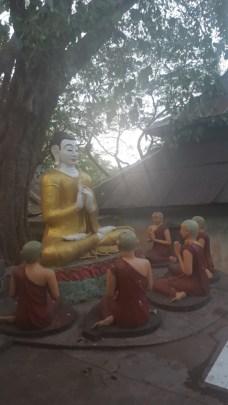 Escultura de Budas