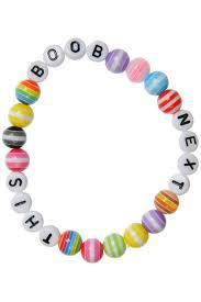 This Boob Next armband, dock med svarta pärlor (samma bokstävspärlor dock) som ger en lyxigare och lite glittrande look. Säljes för: 50:-