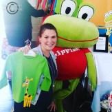 Jag med Lipfish Janne och en grön fin tröja med Gudrun Giraff på!