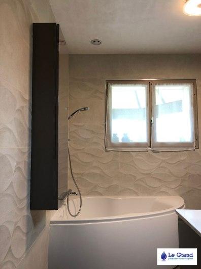 Le-grand-plombier-rennes-salle-de-bains-douche-italienne-mosaïque-baignoire-asymétrique (1)