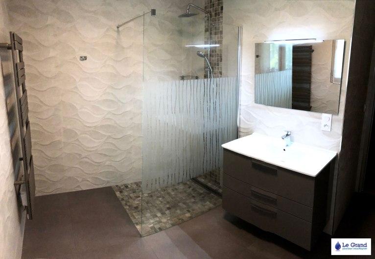 Le-grand-plombier-rennes-salle-de-bains-douche-italienne-mosaïque-baignoire-asymétrique (6)