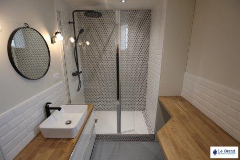 salle-de-bains-rennes-retro-design-robinettterie-noir-plan-sur-mesure-le-grand-plombier (8)
