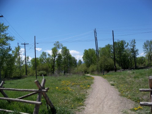 image of a gravel road