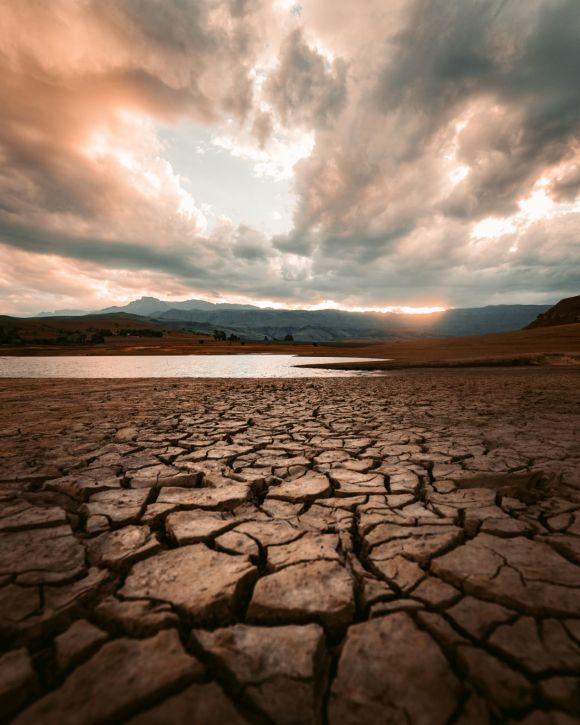 Photo by redcharlie on Unsplash drought