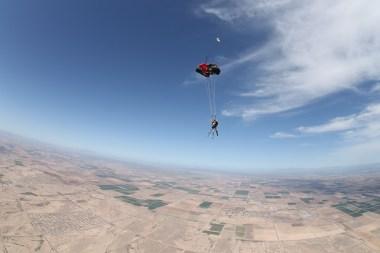 Skydiving 174