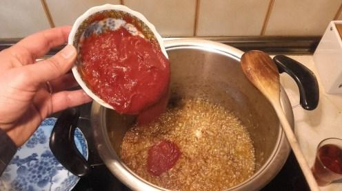 Agregar el tomate concentrado