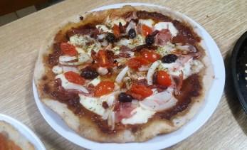 sally pepper-spices-tienda-especias-madrid-pizza-hierbas-aromaticas-sin levadura-cerveza-caleya-cebolla-picante