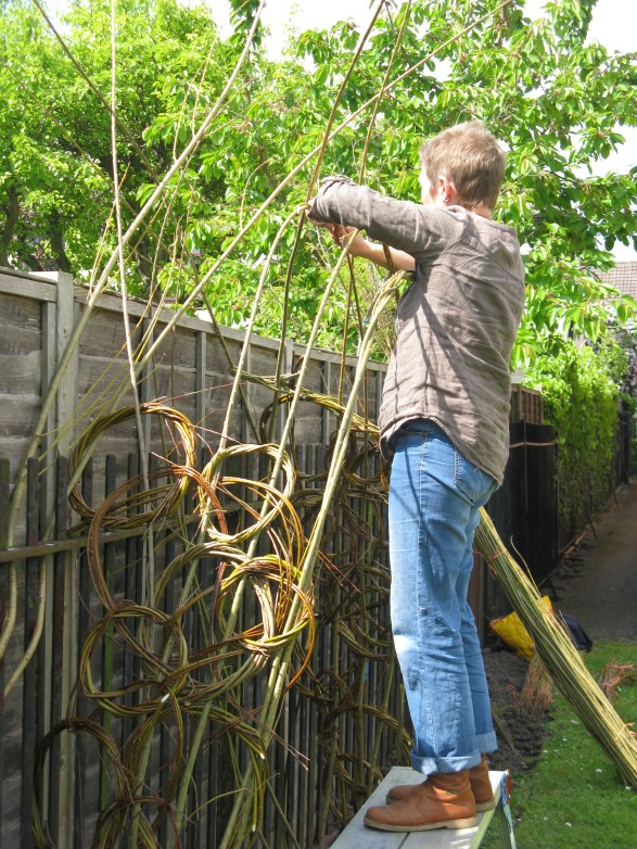 Debbie Hall building willow structure