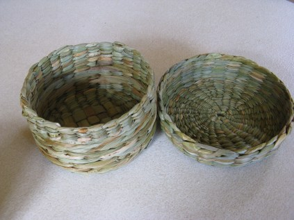 rush sewing basket with lid