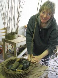 Debbie Hall weaving skib