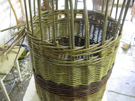 Handles for log basket
