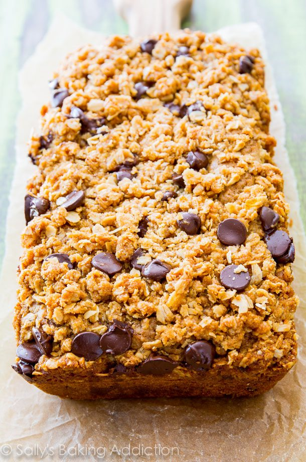 super moist chocolate chip zucchini bread with a buttery oat streusel