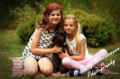 Sally Widdowson Photography family photoshoot sisters with dog pet