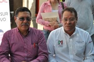 Francisco Jaramillo, Presidente del CDM PRI (izq.) Emilio Álvarez, Delegado Nacional del PRI (der.)