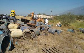 profepa_volcadura-de-trailer-con-residuos-peligrosos-en-nuevo-leon-3