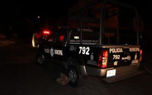 Policías municipales detienen a personas por privación Ilegal de la…