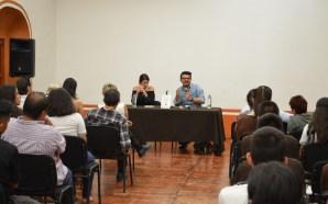 * María Paulina Camejo presentó su libro en el CEARG.
