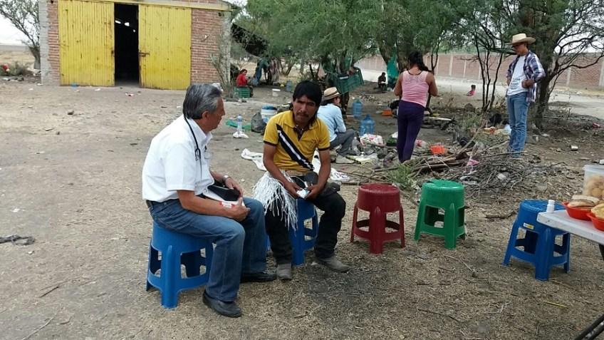personal-de-salud-con-migrantes