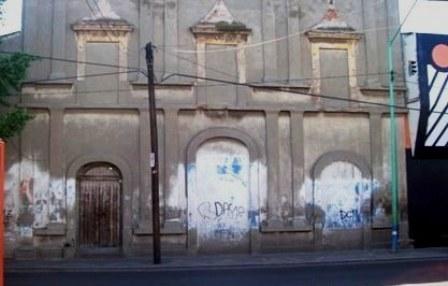 fachada-del-legendario-teatro-juan-valle