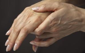 4 cosas que dañan tus manos en época del frío