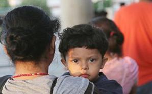 Madres migrantes prefieren dejar a sus hijos en sus países…