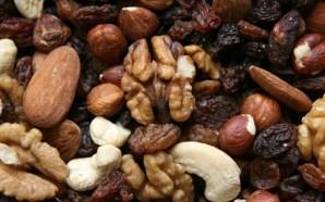 Personas con diabetes deben comer frutos secos