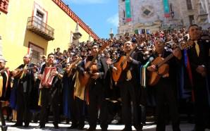 SE LLEVA A CABO FESTIVAL NACIONAL DE TUNAS Y ESTUDIANTINAS.