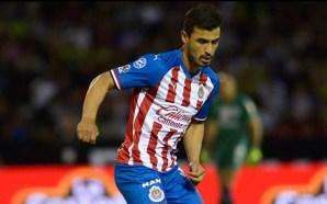 Oswaldo Alanís, baja de Chivas por una lesión en el…