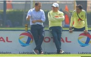 AMÉRICA: SANTIAGO BAÑOS CALIFICÓ DE ABSURDO EL #FUERAPIOJO