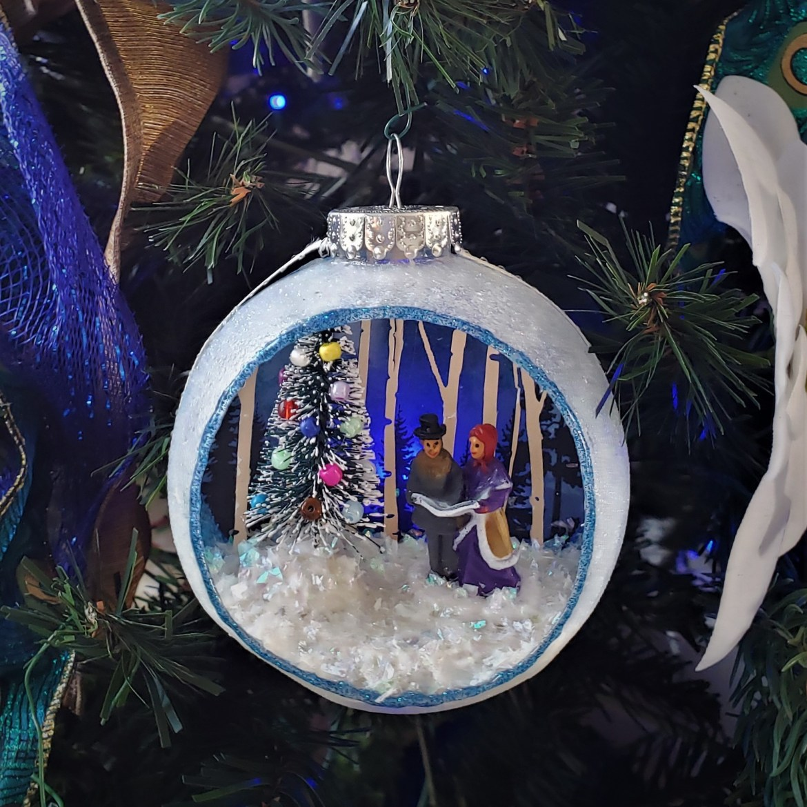 DIY Christmas Carolers Diorama Ornament