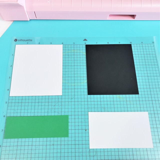 paper ready for cutting on the silhouette cameo 4