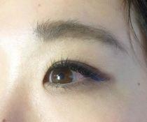 目尻にブルーのカラーエクステを…♡