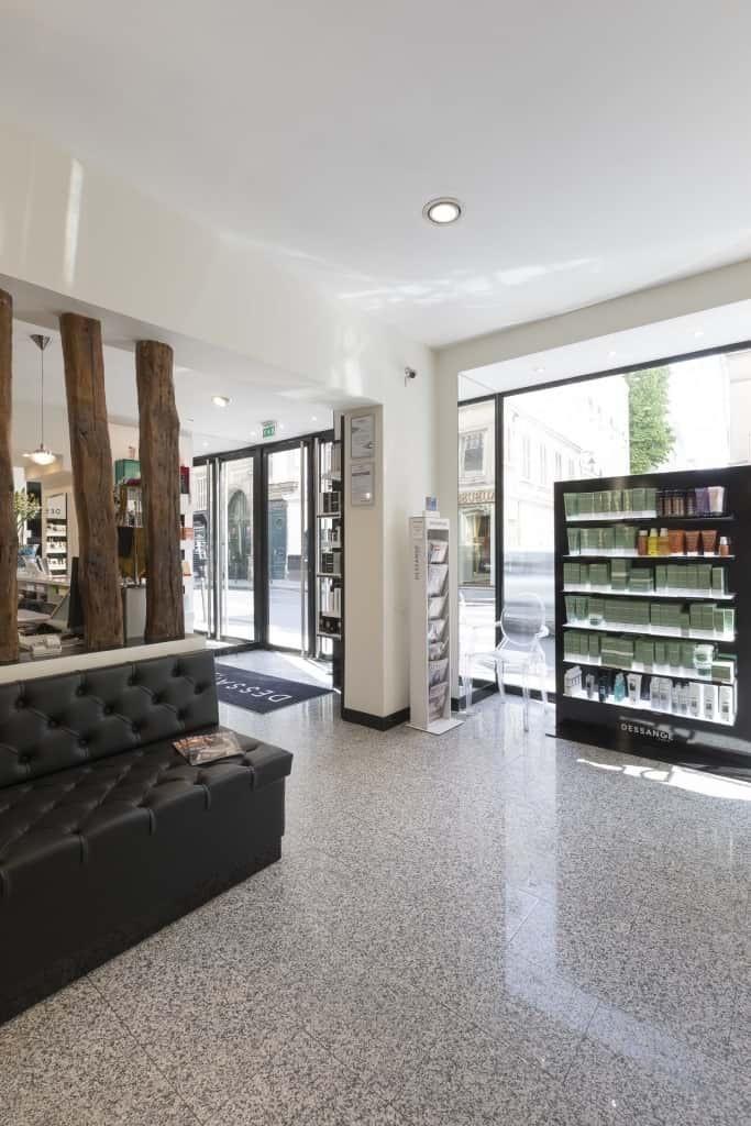 Salon de coiffure Dessange SaintGermain Paris 6 Coiffeurs coloristes soins