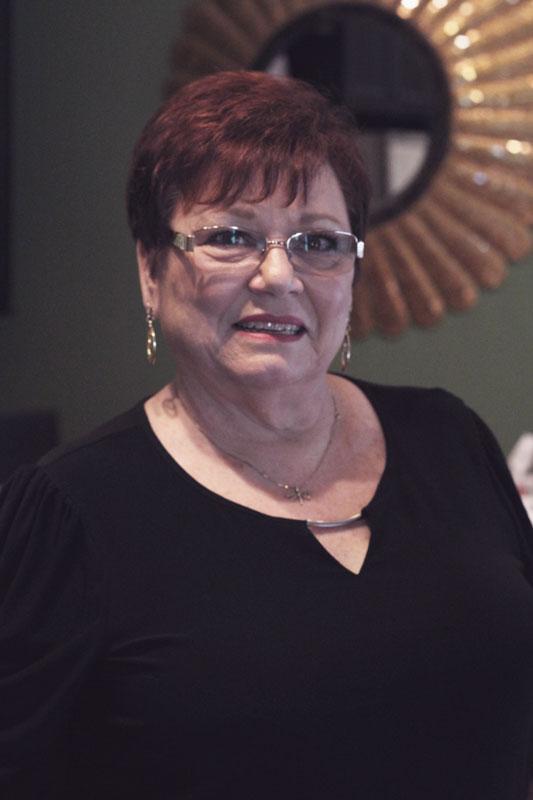 Kathy Lewis  Salon Blu