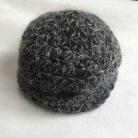 生徒さん作品引き続きよろしくお願いいたします。そろえ糸のニット帽です。