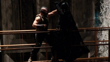 The Dark Knight Rises - Batman vs Bane (43)