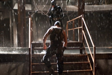 The Dark Knight Rises - Batman vs Bane (9)